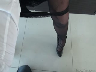 Порно кастинг Вудмана с участием красивой блондинки